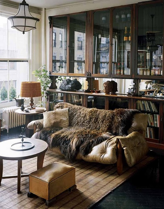 roman-williams-leather-couch