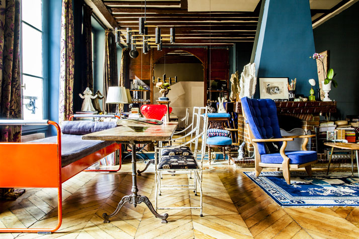 Shinsuke-Kawahara-Whimsical-Paris-Apartment-photo-Matthieu-Salvaing-yatzer-2