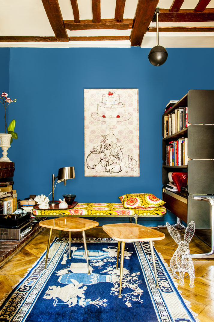 Shinsuke-Kawahara-Whimsical-Paris-Apartment-photo-Matthieu-Salvaing-yatzer-3