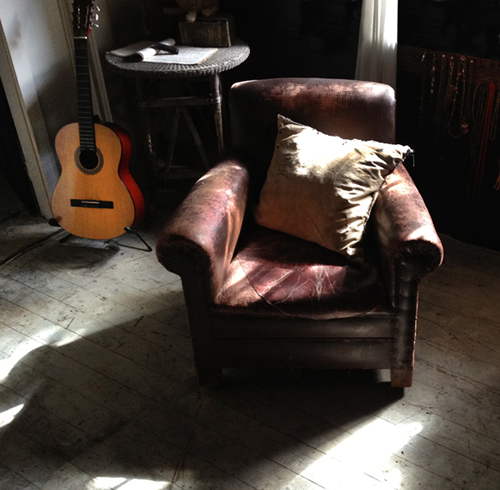 guitarandchair