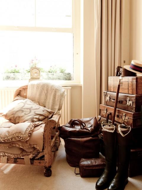 malles-vintage-–-horloge-francaise-480x640