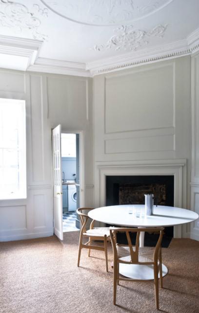 comedor con silla wishbone / dining room with wishbone chair