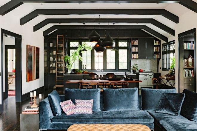 el estar comparte espacio con la cocina / the living room shares space with the kitchen