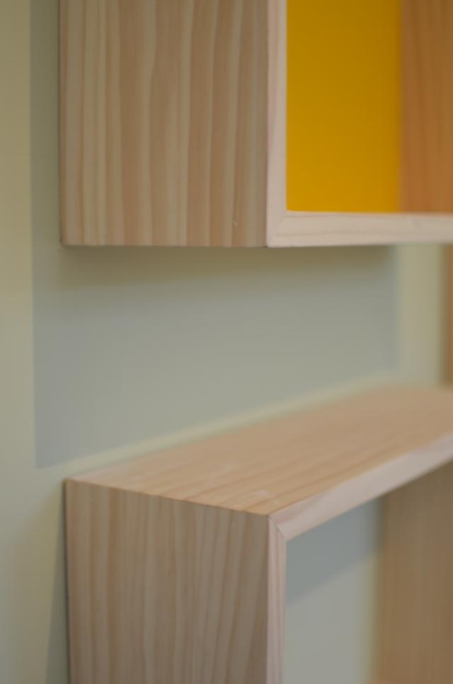 Detalle de las cajas de madera. Fabricadas por Picapino