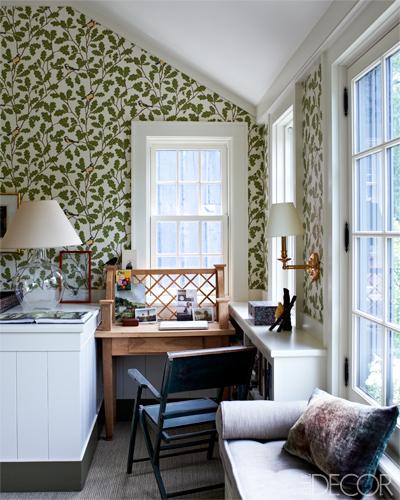 zona de estar dentro del dormitorio principal / living area inside the master bedroom