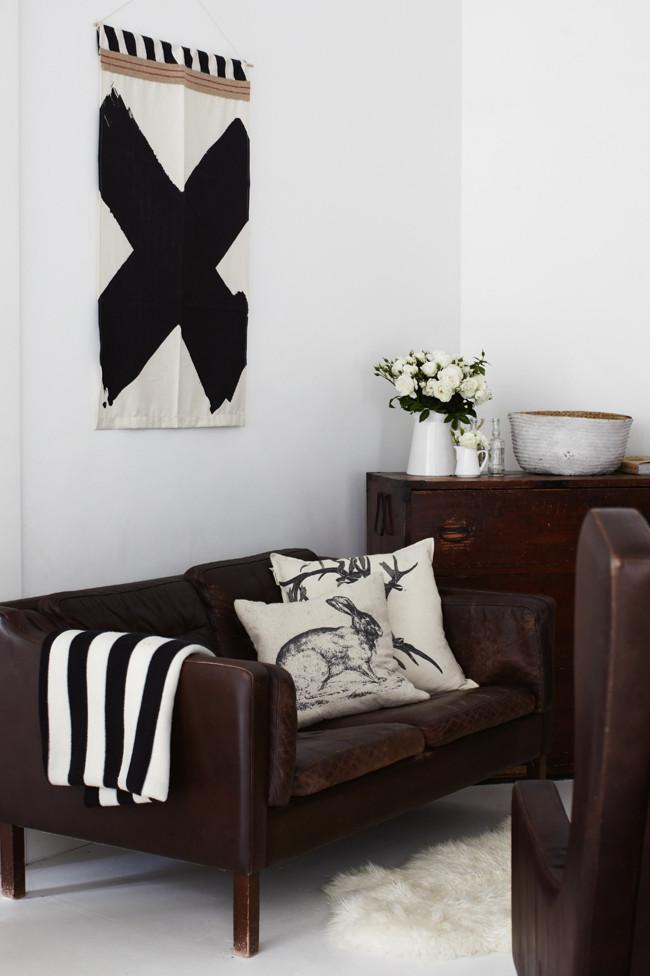 blanco, negro y cuero / black, white and leather