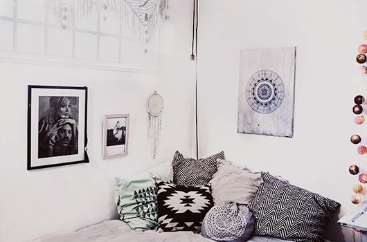 Mezcla de tejidos en el dormitorio