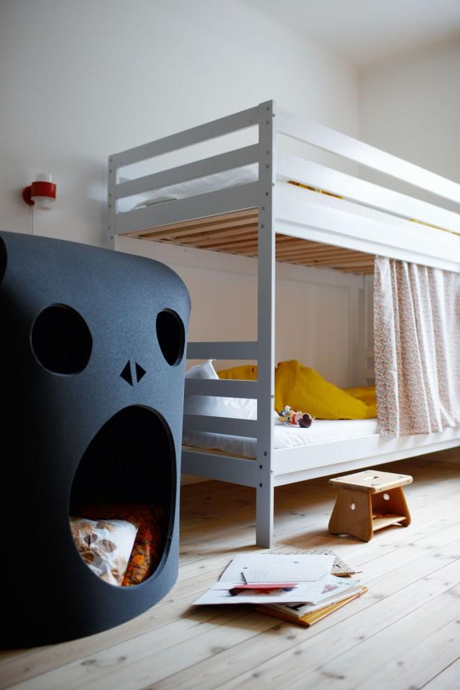 Muebles divertidos en la habitación infantil.