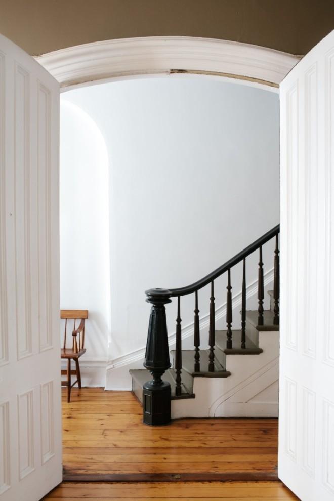 Precioso arranque de escalera.