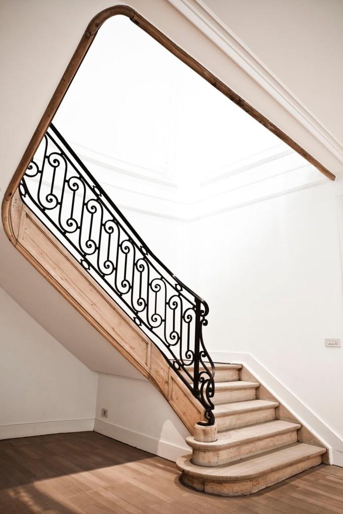 Majestuosa escalera.