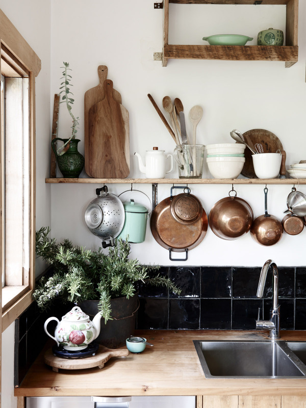 Detalle de los azulejos de la cocina.No es necesario alicatar toda la pared, así queda muy bien también!