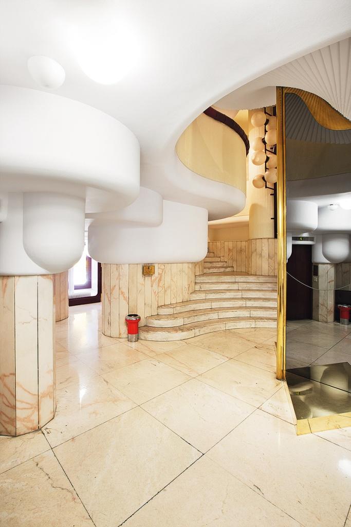 Interior del portal.