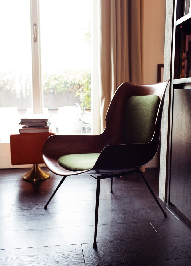 Preciosa butaca de diseño tipo años 50