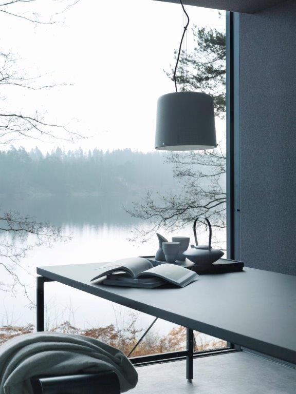 El interior está muy bien diseñado,acorde con su imagen exterior.